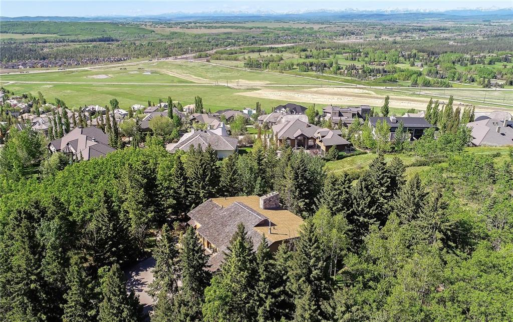 75 Anatapi LANE SW Calgary AB T3H 4G2