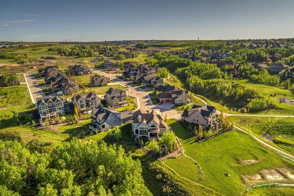 218 Mystic Ridge Park SW Calgary AB T3H 1S8