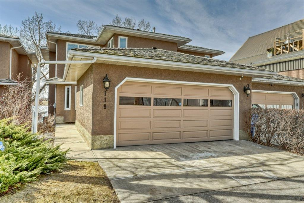 119 East Chestermere Drive Chestermere AB T1X 1A1