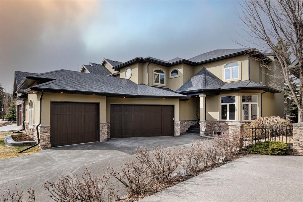 30 Aspen Meadows Heath SW Calgary AB T3H 5Z6
