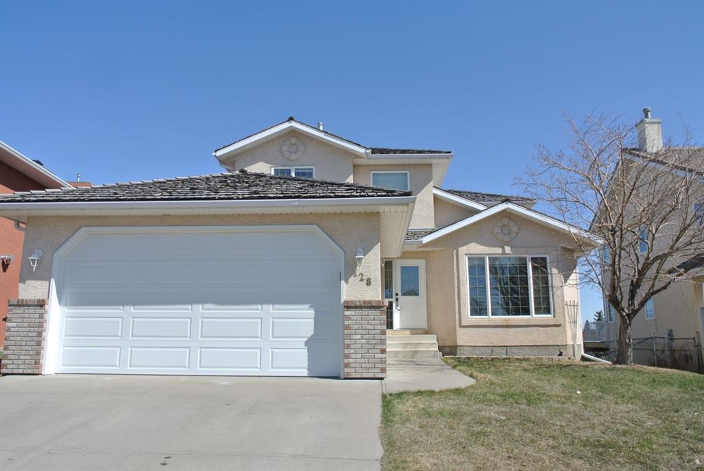 128 Lakeside Greens Drive Chestermere AB T1X 1B9
