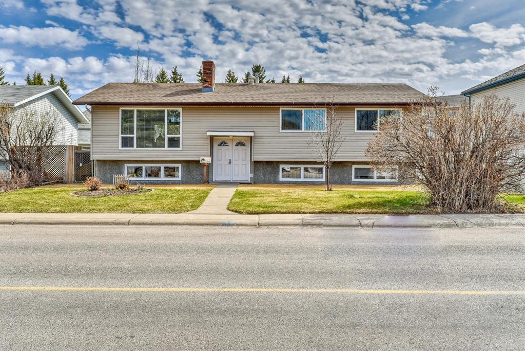 803 Westmount Drive E Strathmore AB T1P 1A6