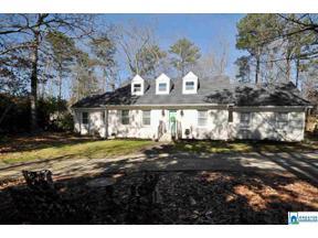 Property for sale at 2908 Kirkcaldy Ln, Birmingham, Alabama 35242