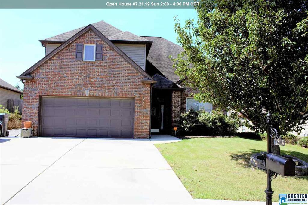 Photo of home for sale at 1256 Kensington Blvd, Calera AL