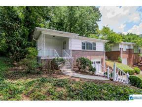 Property for sale at 1820 Windsor Blvd, Homewood,  Alabama 35209