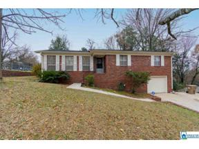 Property for sale at 313 Kimbo Dr, Center Point, Alabama 35215