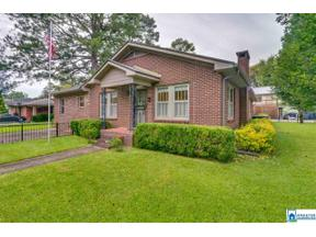 Property for sale at 1910 16th St, Calera,  Alabama 35040