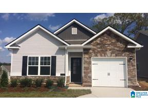 Property for sale at 1152 Glades Pkwy, Calera, Alabama 35040