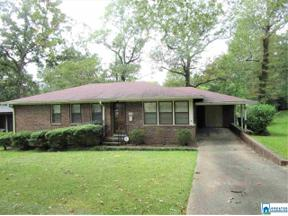 Property for sale at 924 Hillandale Dr, Fairfield,  Alabama 35064