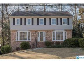 Property for sale at 3421 Moss Brook Ln, Vestavia Hills,  Alabama 35243