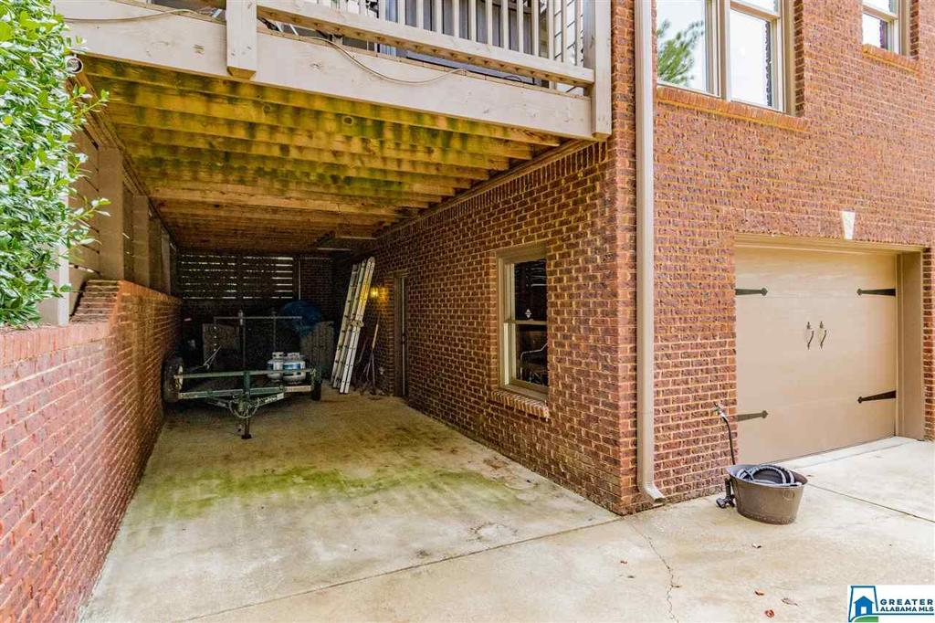 Photo of home for sale at 1020 Dunsmore Dr, Chelsea AL