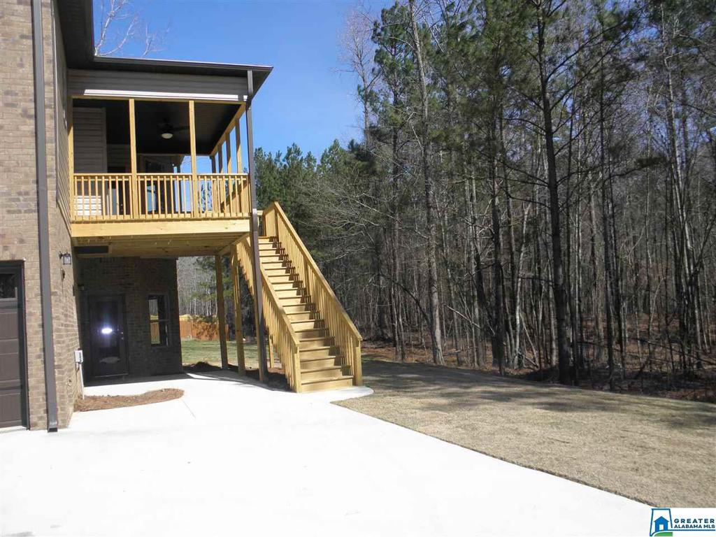 Photo of home for sale at 213 Grey Oaks Dr, Pelham AL