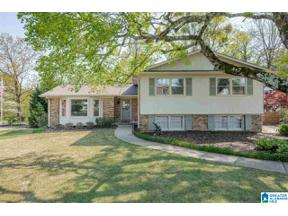 Property for sale at 2274 Sherrlyn Drive, Hoover, Alabama 35226