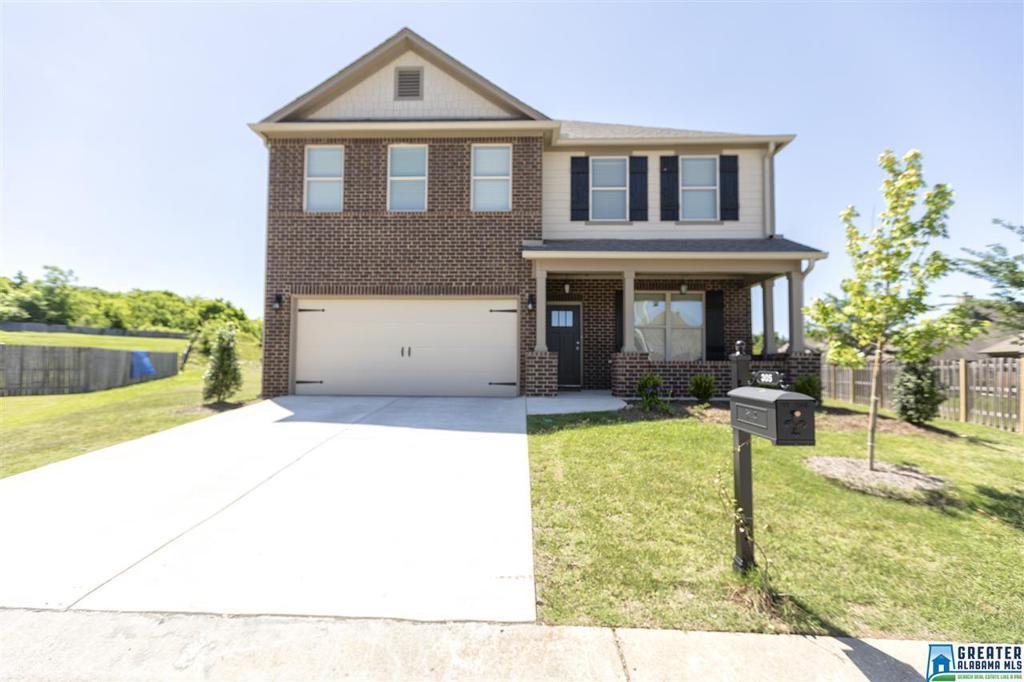 Photo of home for sale at 305 Creekside Cir, Pelham AL