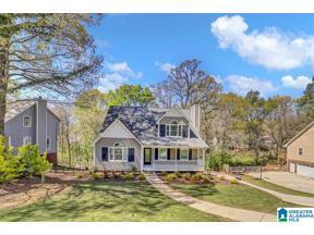 Property for sale at 703 Olde Towne Circle, Alabaster, Alabama 35007