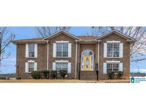 Property for sale at 1382 Rock Creek Lane, Pleasant Grove, Alabama 35127