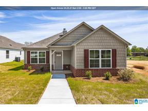 Property for sale at 519 6th Avenue E, Oneonta, Alabama 35121
