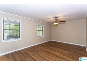 Property for sale at 375 Cardinal Hill Rd, Hayden,  Alabama 35079