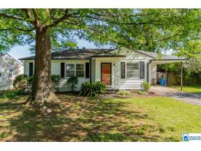 Property for sale at 408 Woodvale Ln, Homewood,  Alabama 35209