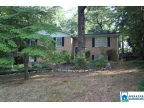 Property for sale at 303 Pitts Dr, Columbiana, Alabama 35051
