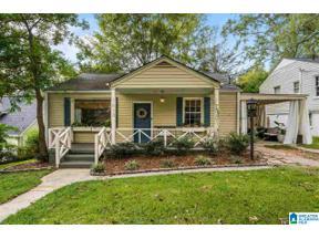 Property for sale at 1613 Woodfern Dr, Homewood, Alabama 35209