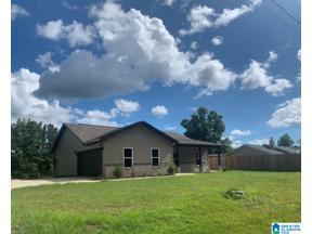 Property for sale at 17015 Hannah Creek Road, Brookwood, Alabama 35444