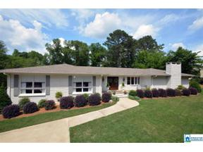 Property for sale at 2108 Longleaf Cir, Vestavia Hills,  Alabama 35216
