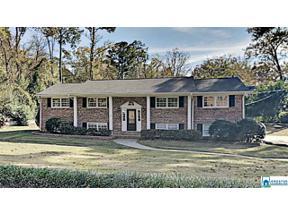 Property for sale at 3240 Mockingbird Ln, Hoover,  Alabama 35226