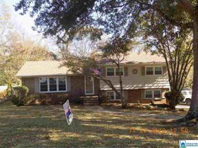 Property for sale at 952 Shady Brook Cir, Hoover,  Alabama 35226
