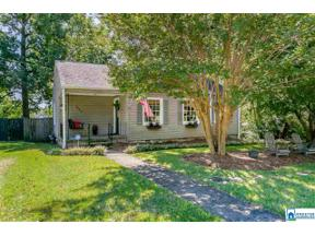 Property for sale at 1643 28th Ave S, Homewood,  Alabama 35209