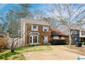Property for sale at 3866 Overton Manor Ln, Vestavia Hills,  Alabama 35243