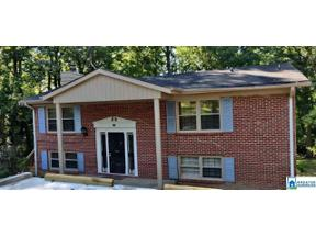 Property for sale at 544 16th Terr NW, Center Point, Alabama 35215