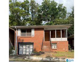 Property for sale at 5105 Avenue E, Fairfield, Alabama 35064