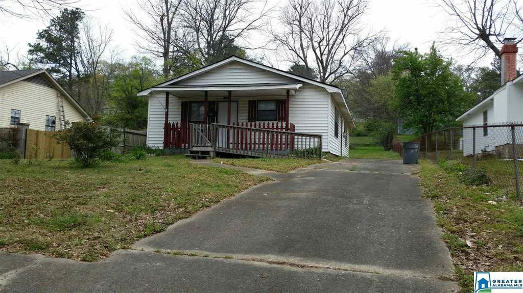 Photo of home for sale at 2308 2nd Ave N, Irondale AL
