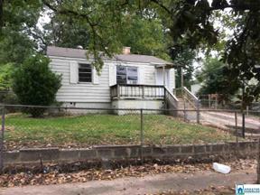 Property for sale at 6521 Millard Fuller Rd, Fairfield,  Alabama 35064