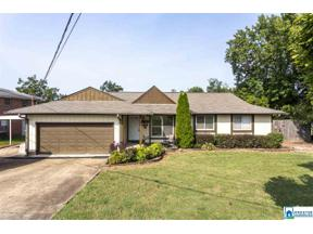Property for sale at 216 4th Ave, Pleasant Grove,  Alabama 35127