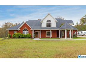 Property for sale at 180 Mountain View Ln, Springville,  Alabama 35146