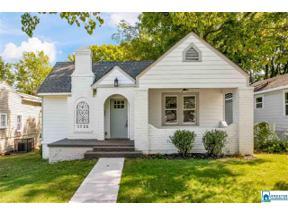 Property for sale at 1725 28th St N, Birmingham, Alabama 35234