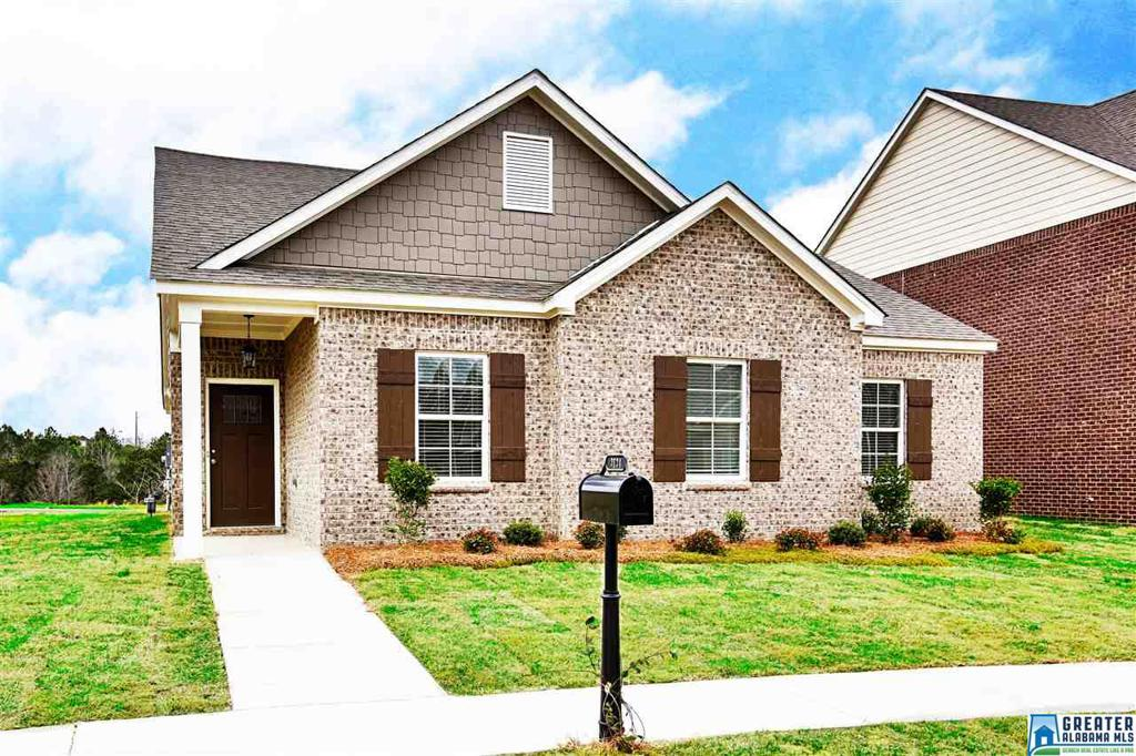 Photo of home for sale at 3694 Grand Central Ave, Fultondale AL