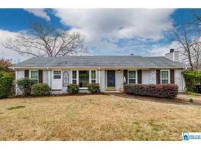 Property for sale at 309 Mountain Dr, Trussville,  Alabama 35173