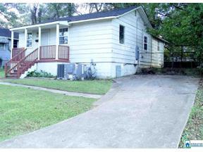 Property for sale at 629 Seminole Cir, Fairfield, Alabama 35064
