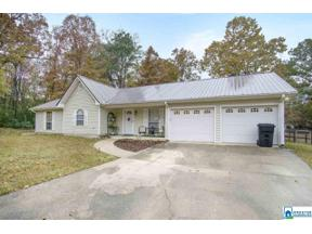 Property for sale at 330 17th St, Calera,  Alabama 35040
