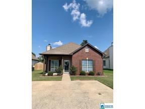 Property for sale at 993 Savannah Ln, Calera,  Alabama 35040