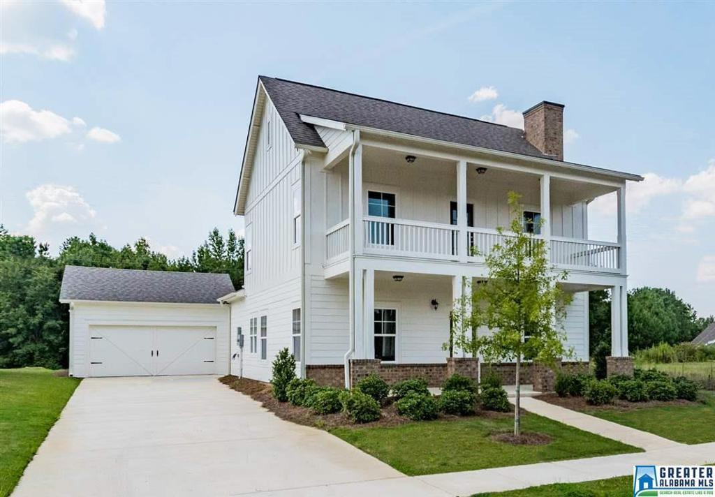 Photo of home for sale at 201 Appleford Rd, Helena AL