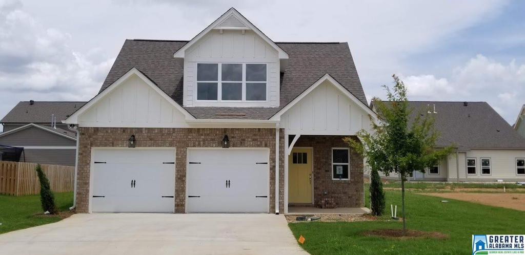 Photo of home for sale at 336 Shelby Farms Ln, Alabaster AL