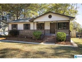 Property for sale at 1011 26th Ave N, Hueytown, Alabama 35023