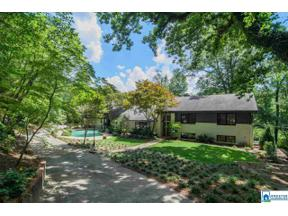 Property for sale at 2709 Woodlane Cir, Vestavia Hills,  Alabama 35216