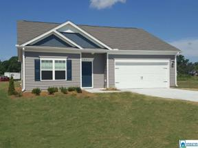 Property for sale at 2036 Glades Dr, Calera, Alabama 35040