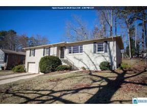 Property for sale at 1836 Nottingham Dr, Vestavia Hills,  Alabama 35216