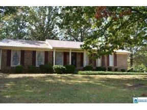 Property for sale at 319 38th Ave NE, Center Point,  Alabama 35215